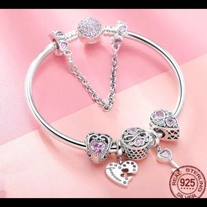 Jewelry - Sterling Silver love lock heart with all charms